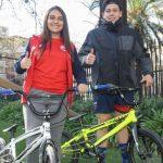 Rocío Pizarro y Mauricio Molina recibieron bicicletas del Mindep para enfrentar torneos internacionales