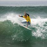 Chilenos siguen avanzando en el Mundial Junior de Surf