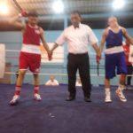 Orlando González le da el primer triunfo a la Selección Juvenil de Boxeo en Ecuador