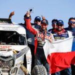 """""""Chaleco"""" López se quedó con el tercer lugar de la categoría Side by Side en el Dakar 2020"""