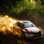 Emilio Fernández mantiene el tercer lugar de la categoría WRC3 en el Rally de Turquía