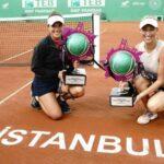 Alexa Guarachi y Desirae Krawczyk se titularon campeonas de dobles en el WTA de Estambul