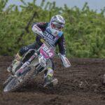 Tania González tuvo un complicado debut en el Campeonato del Mundo de Moto Enduro
