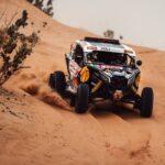 """""""Chaleco"""" López suma su segunda victoria y se mantiene en el primer lugar del Dakar"""