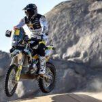 Pablo Quintanilla y José Ignacio Cornejo suben en la general de las motos del Dakar