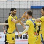 Equipo de Vicente Parraguirre clasificó a los playoffs del vóleibol checo