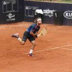 Gonzalo Lama tuvo un sólido debut en el Challenger de Santiago
