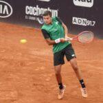 Tomás Barrios debutó con un triunfo en el Challenger de Santiago