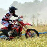 Ruy Barbosa logró dos quintos lugares en el Mundial FIM de Moto Enduro